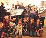 Weihnachtsfeier mit Spendenübergabe